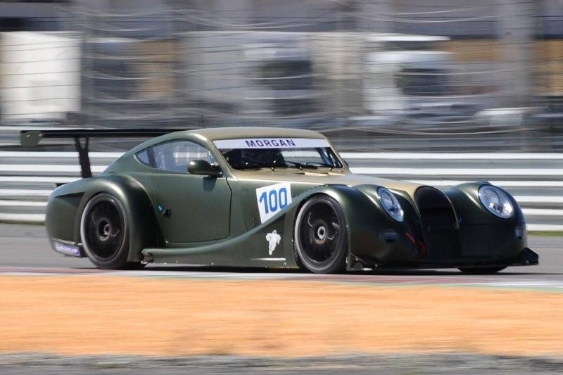 morgan aeromax fia gt car takes to the track. Black Bedroom Furniture Sets. Home Design Ideas