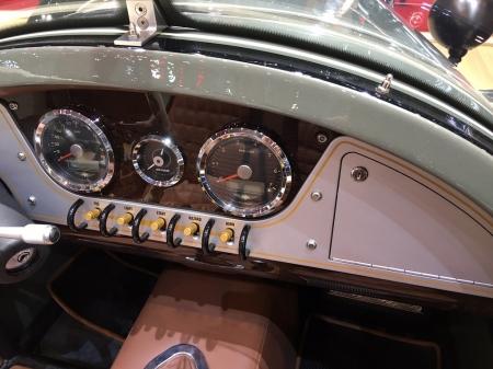 Morgan_ThreeWheeler_MY16_Dashboard_Geneva_autoshow_2016.jpg