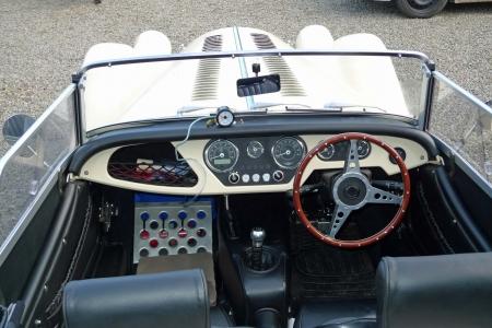 Bonnet on prior to road tests 006.JPG