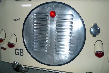 spare wheel panel 002.JPG